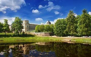 Куда съездить в Ленинградской области на машине?